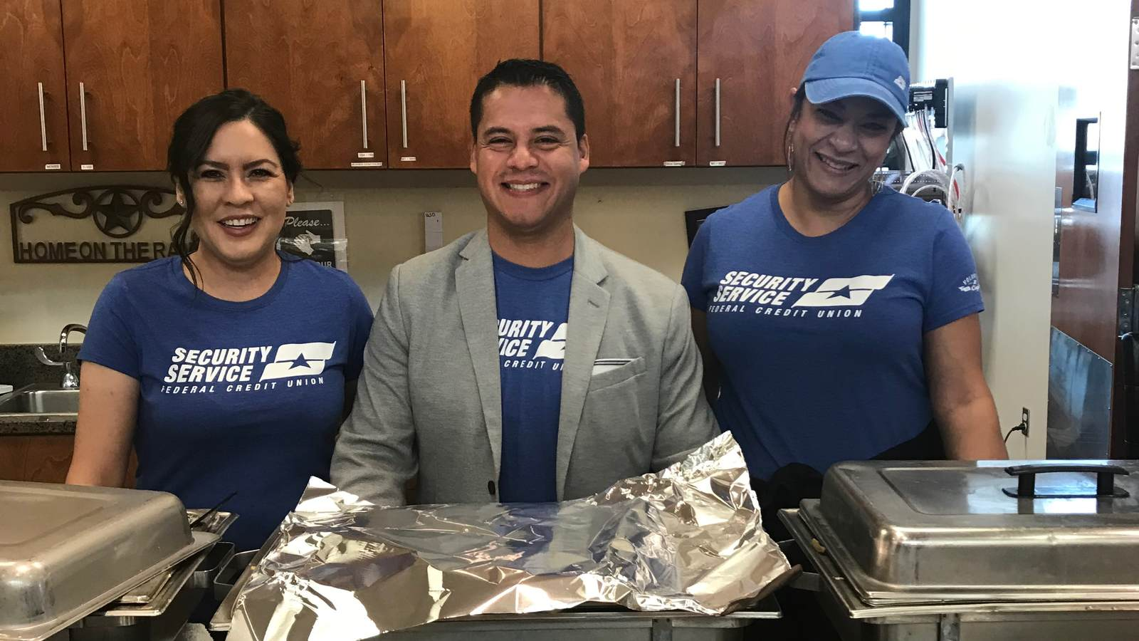 Holiday Meal Sponsored By Security Service Federal Credit Union Uso El Paso